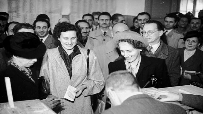 Donne al voto referendum 1946