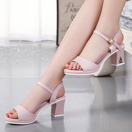 Shoes Girls Student High-heeled Hundred Sets Of Rough-heeled Sandals Version