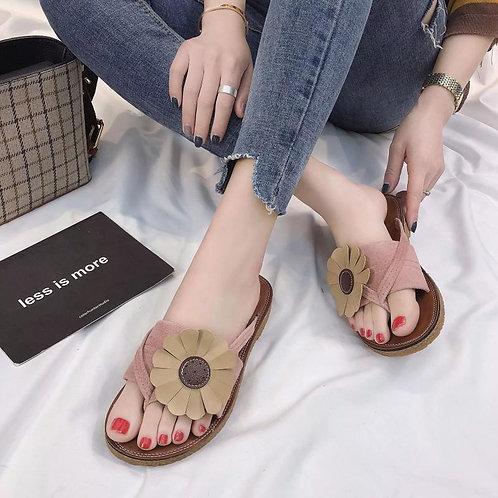 Ladies flat flower flip flops beach slippers