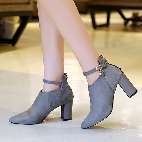 Women's Fashion New Has A Chunky Heel And A High Heel Martin Boot