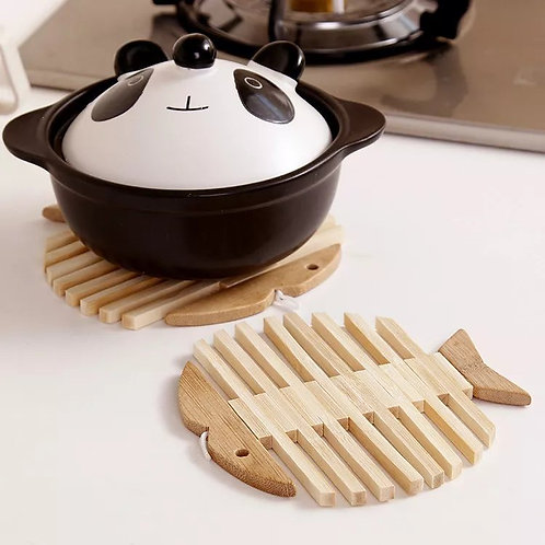 Factory Creative Multifunctional Fish Shaped Heat Insulation Pans Bowls Pads