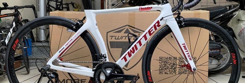 Xe đạp đua TWITTER THUNDER 2020 - Khung Carbon, full groupset Shimano 105 R7000