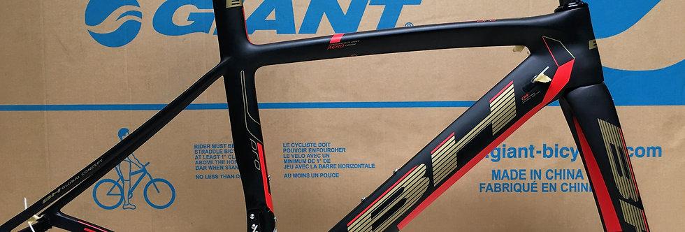 Khung sườn xe đạp đua BH G6 PRO (Full carbon)