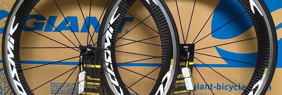 Bộ bánh xe MAVIC COSMIC PRO Carbon/má nhôm(Tem trắng)