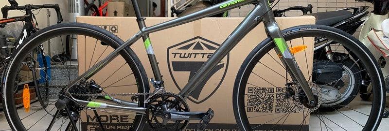 Xe đạp thể thao touring Cannondale QUICK 3 Disc, Shimano SORA. Hàng nhập khẩu.