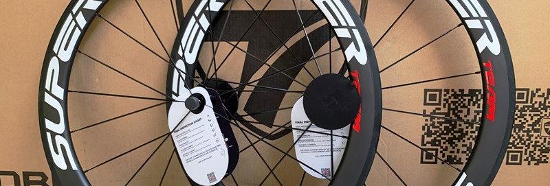 Bộ bánh xe đạp SUPERTEAM 50 - Full Carbon (Tem trắng/đỏ)