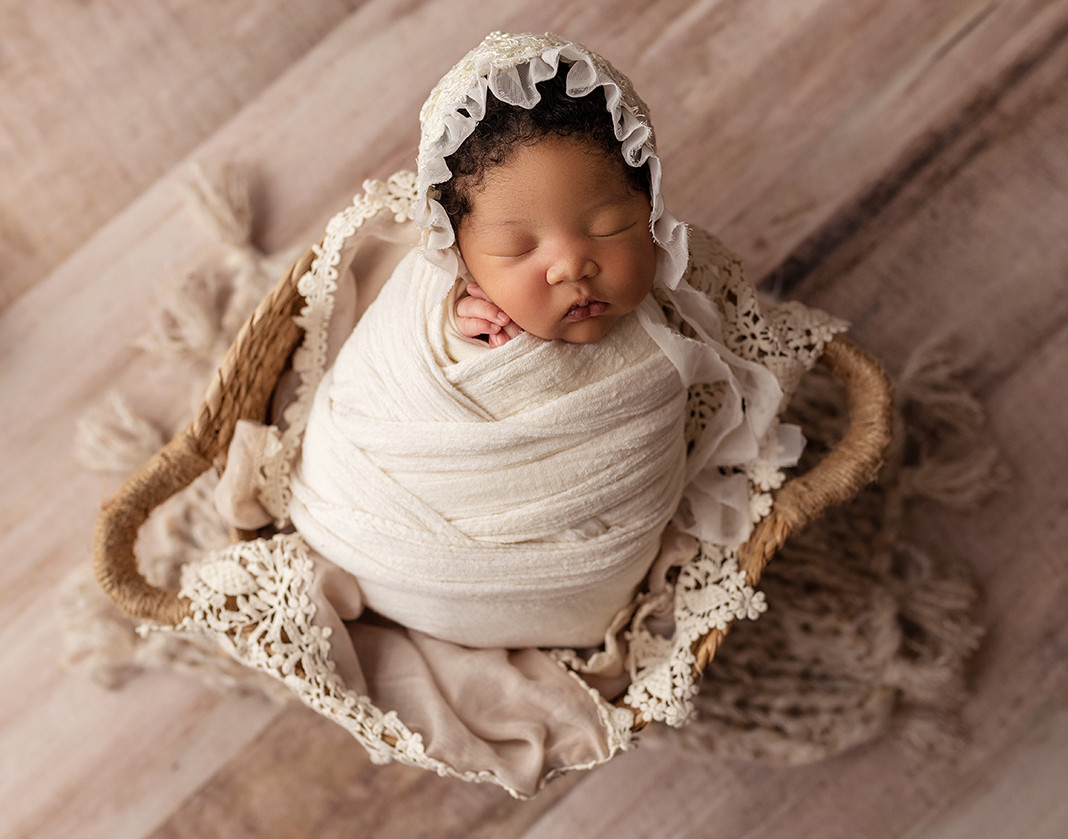professional newborn photos charleston sc