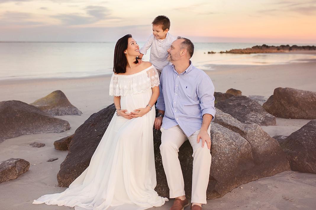 MATERNITY-Family-Folly Beach2.jpg