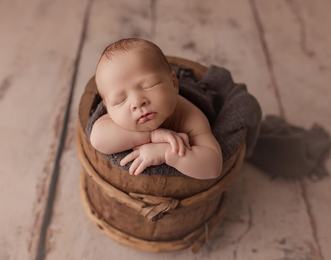 charleston sc newborn photographer
