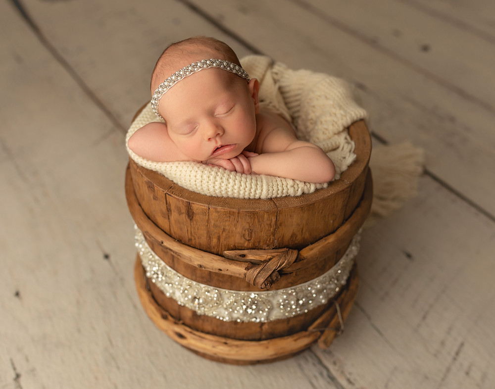 charleston newborn photographer