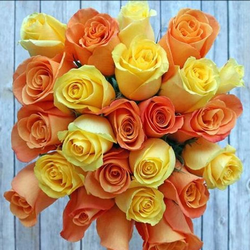 Candy Corn ™ Roses Bunchies ™ Flowers by 1800Gifters ®