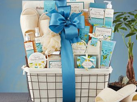 Vanilla Spring ™ Gift Basket from Baskettes ®