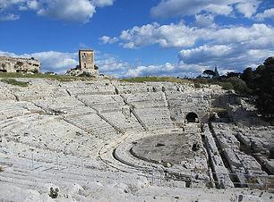Teatro-greco-di-Siracusa.jpg