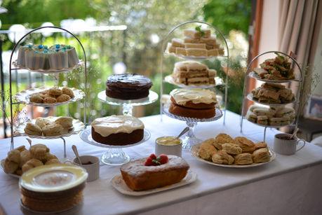 Buffet Style Table Arrangement