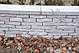 Retaining Walls - Artisan Stone Products Springfield IL call 217-697-8433 or visit our beautifully landscaped outdoor showroom at 2475 Peerless Mine Road,  Springfield Illinois 62702.