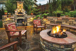 Outdoor living fireplace firepit