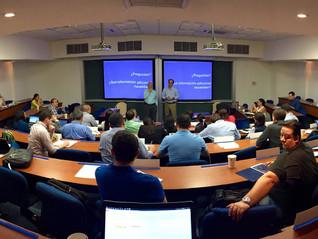 Estudiantes de Global EMBA realizan caso en vivo de Ecom para aprender sobre estrategias de sostenib