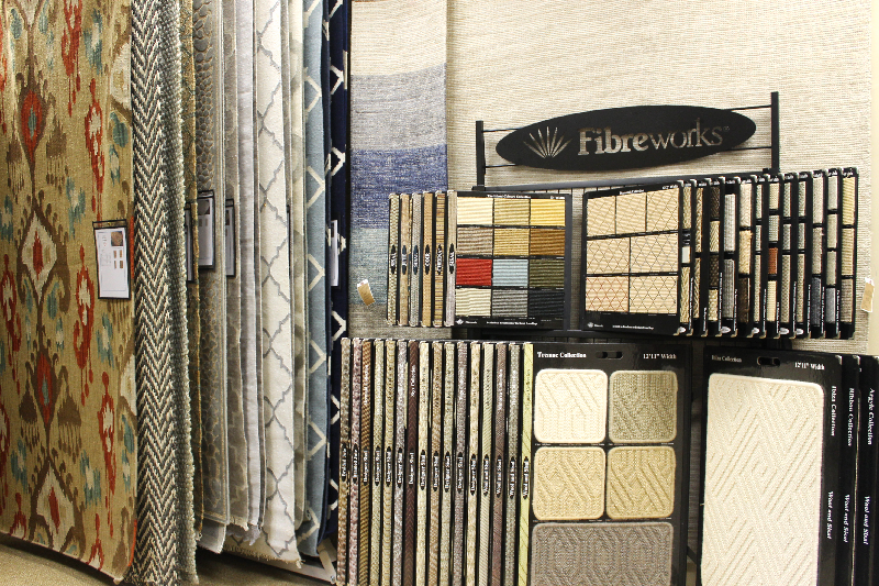 NATURAL FIBER & DECORATIVE RUGS