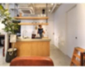 BARBAR SHOP 間仕切りを極力無くし、開放感のある空間に。