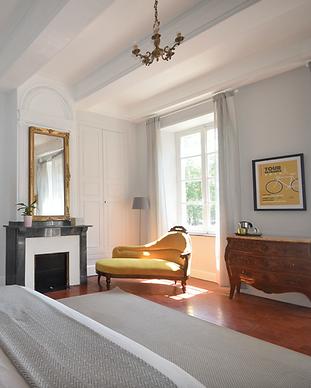 Maison_de_l'Aguze_-_Saint_Pons_de_ThomiÃ