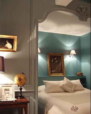 MY HOTEL CHIC - boutique hotels et maisons d'hôtes design, intimistes et trendy - Le Château de Buffavent - Beaujolais - Vignoble