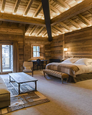 Hotel La Mourra - Val d'Isère.png