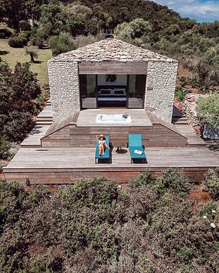 MY HOTEL CHIC - boutique hotels et maisons d'hôtes design, intimistes et trendy - Version Maquis Santa Manza - Bonifacio - Corse
