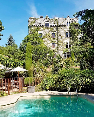 MY HOTEL CHIC - boutique hotels et maisons d'hôtes design, intimistes et trendy - Château de Riell - Pyrénées Orientales