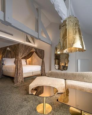 YNDO Hotel - Bordeaux.png