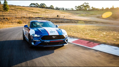 Television shoot with Ford Australia: Ford Mustang Joins Supercars Australia