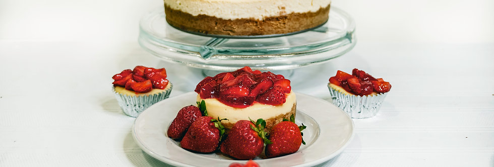 Fruit Topping Whole Cheesecake