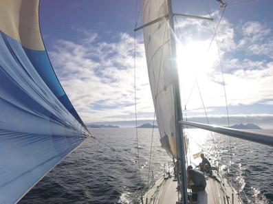 navegando a Cíes.JPG