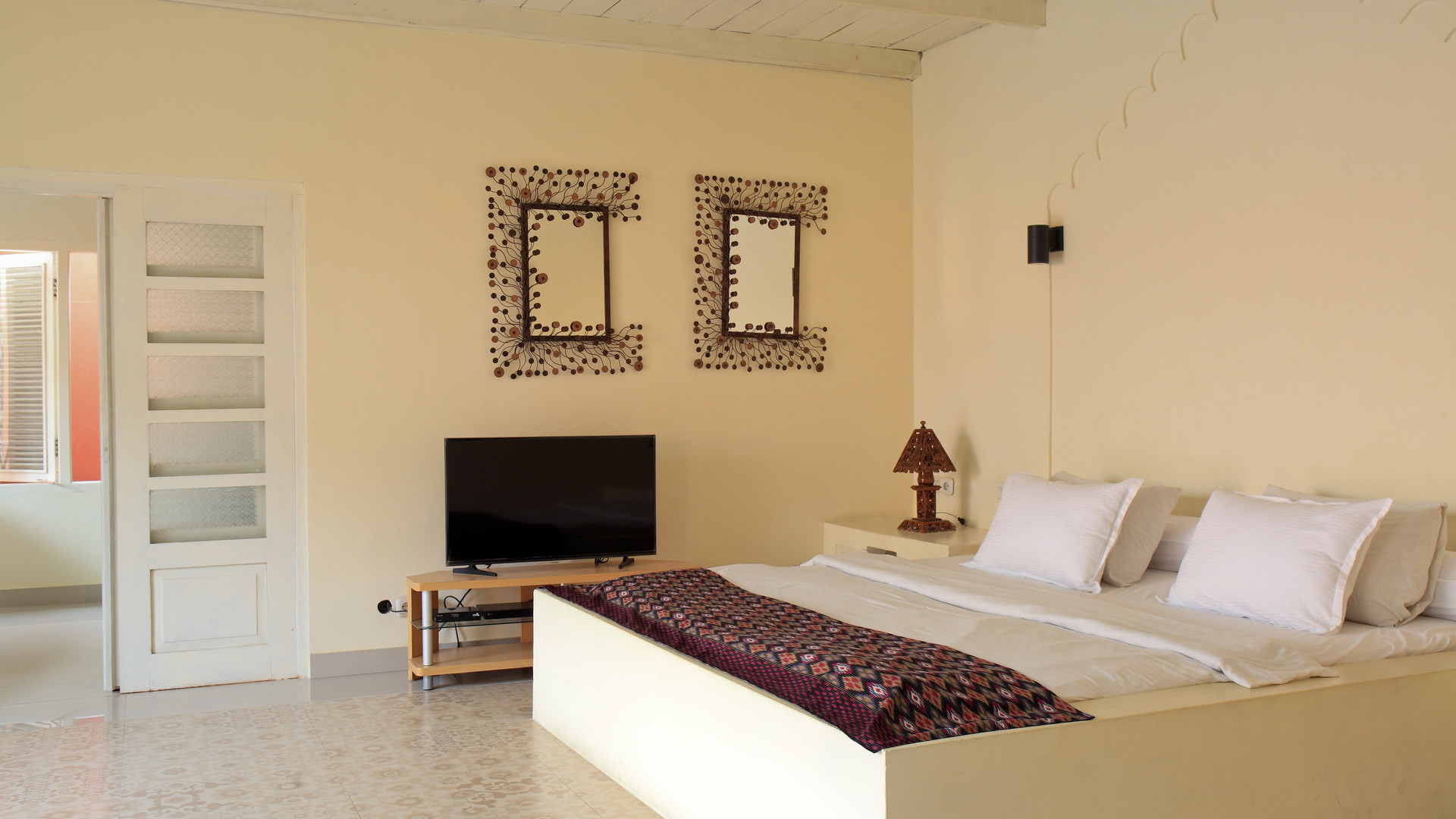 Villa Pearl - comfortable super king bed