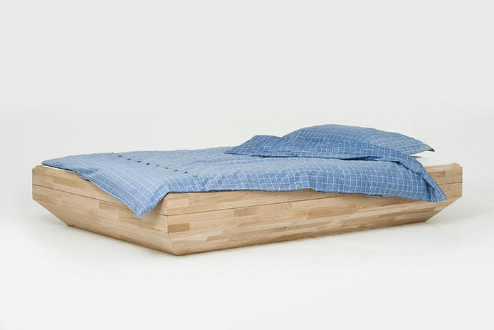 Bed, Bench & Table - For William Fan