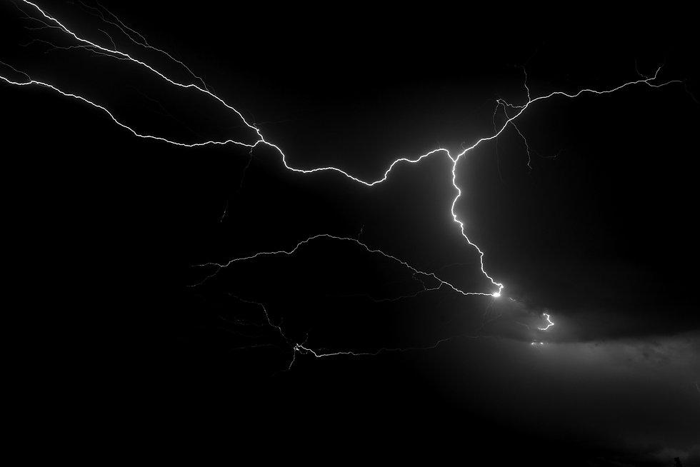 lightning%20illustration_edited.jpg