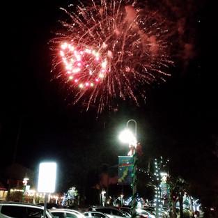 Then Richard enjoyed the NYE fireworks.