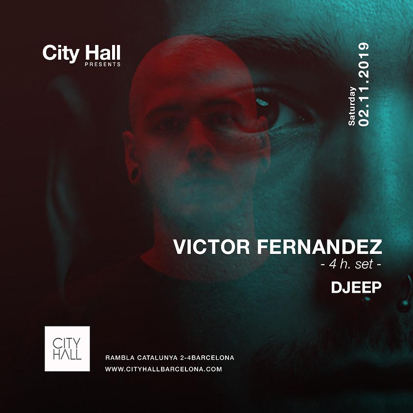 City Hall pres. Victor Fernandez