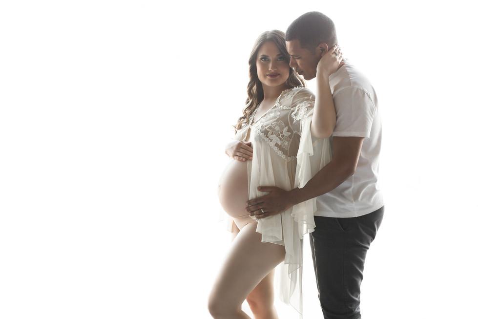 Cara Maternity Photoshoot in San Diego
