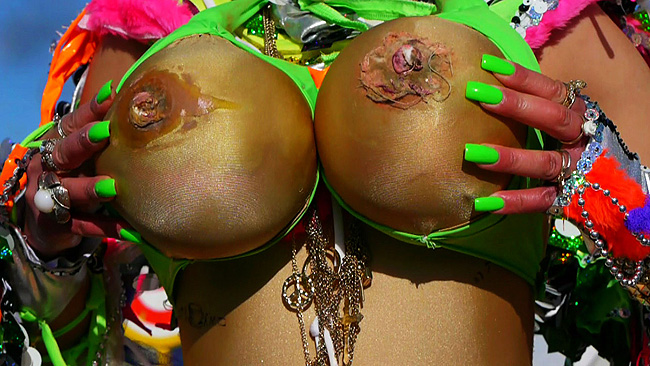 Quillabreasts