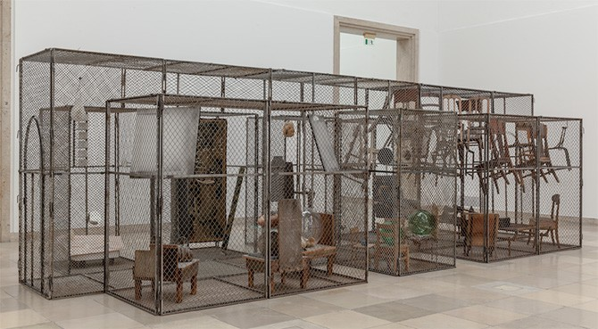 Louise_Bourgeois_exhibition2-670x369
