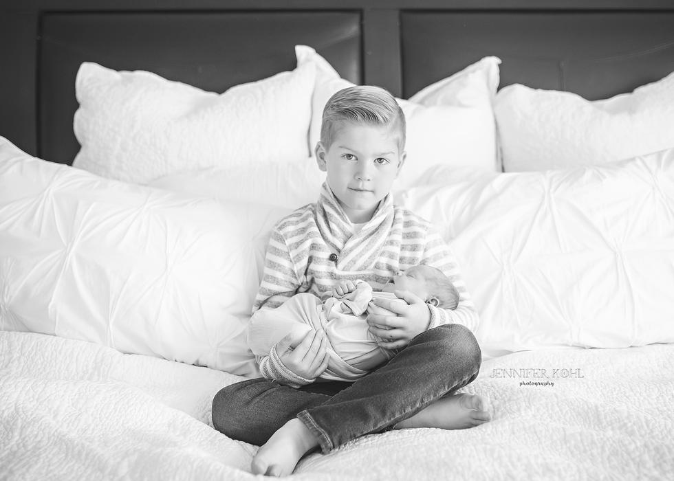 Beverly Hills Birmingham Newborn Lifestyle Photographer Jennifer Kohl Photography3.png
