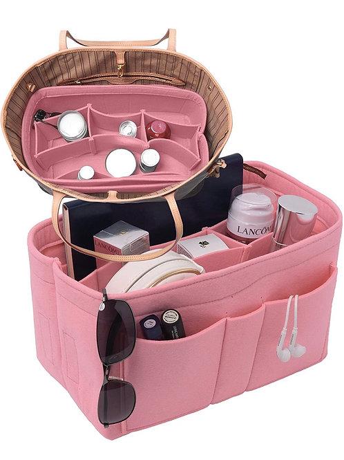 Purse pockets 'pink