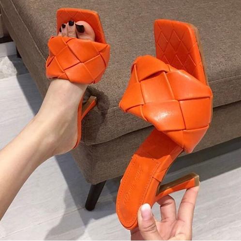 Step High Quilt ' Orange