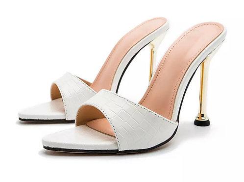 Moho 'Pointy toe shoes