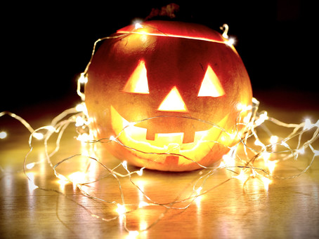 Get Into The Halloween Mood With These Spooky Movies!