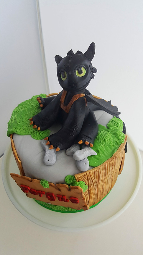 How to train your dragon themed birthday cake