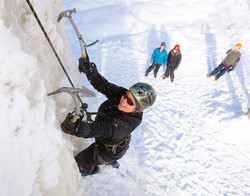 Iceclimbing-large_s