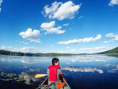 広い湖を漕いで横断しますよ〜