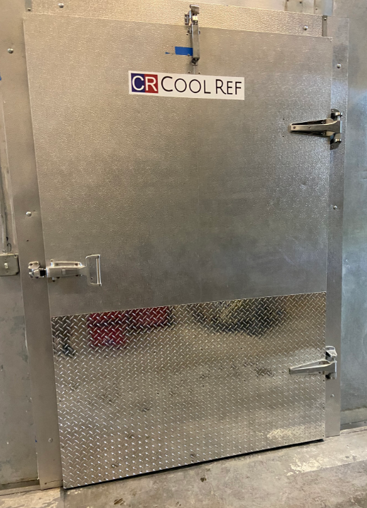 COOLREF Swing Door is fabricated by stainless steel and furnished with diamond aluminum kickplate