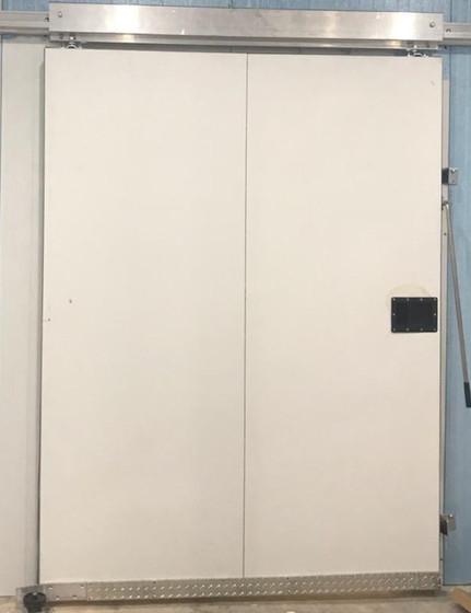 slide door 1.jpg